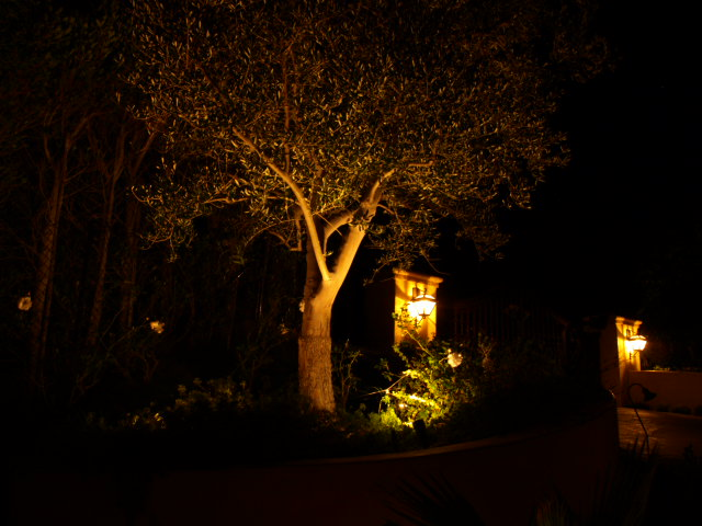 Simi Valley Exterior Lighting